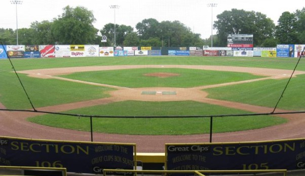 1278_Riverfront_Stadium_3